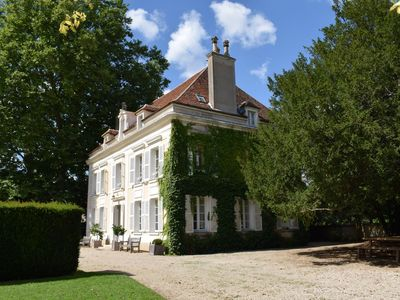 Photo for An idyllic 6 bed/6 bath chateau in Burgundy, between Chablis and Auxerre