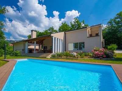 Photo for Modernly designed villa with private pool in Buzet