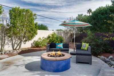 Exterior - Make s'mores around the circle fire pit with comfy seating