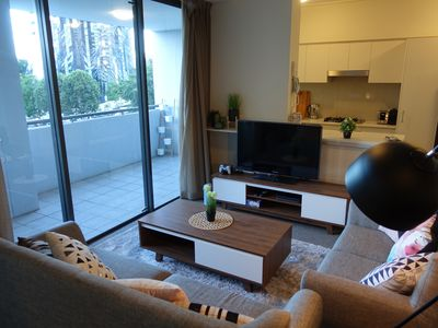 Photo for Brisbane CBD 2BR Modern Executive Apartment