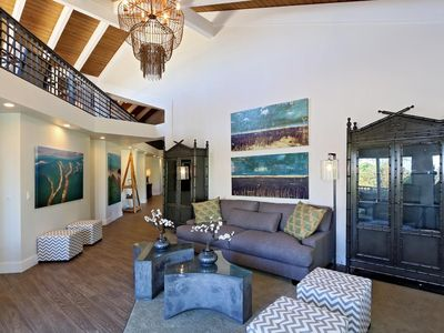 Photo for Luxury Beach Penthouse w/ Pool & Hot Tub- Steps To Beach, Shopping & Restaurants