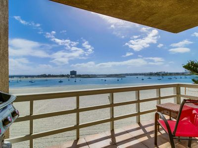 🌊 Waterfront S. Mission Condo 🏝 + Parking w/ BBQ + Morning Sunrise!