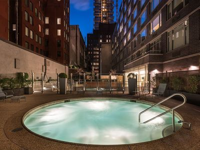 Photo for Luxury 2br/2ba TriBeCa Apt. with Pool