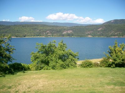 Photo for Private cottage with Sandy Beach on Arrow Lake