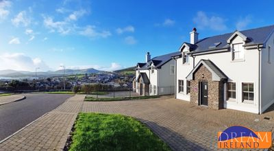 Photo for Brand new 4 bedroom DIngle home. Sleeps 8. 5 mins walk to town