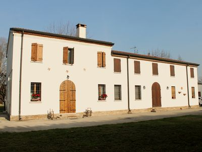 Photo for B & B THE HOUSE OF SWALLOWS - GOVERNOLO MANTUA