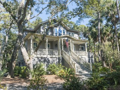 Photo for Luxury Family Home! Screened Porch! Pet Friendly! Close to Beach!