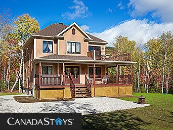 Photo for 4BR Cottage Vacation Rental in Petite-riviere-saint-francois, QC