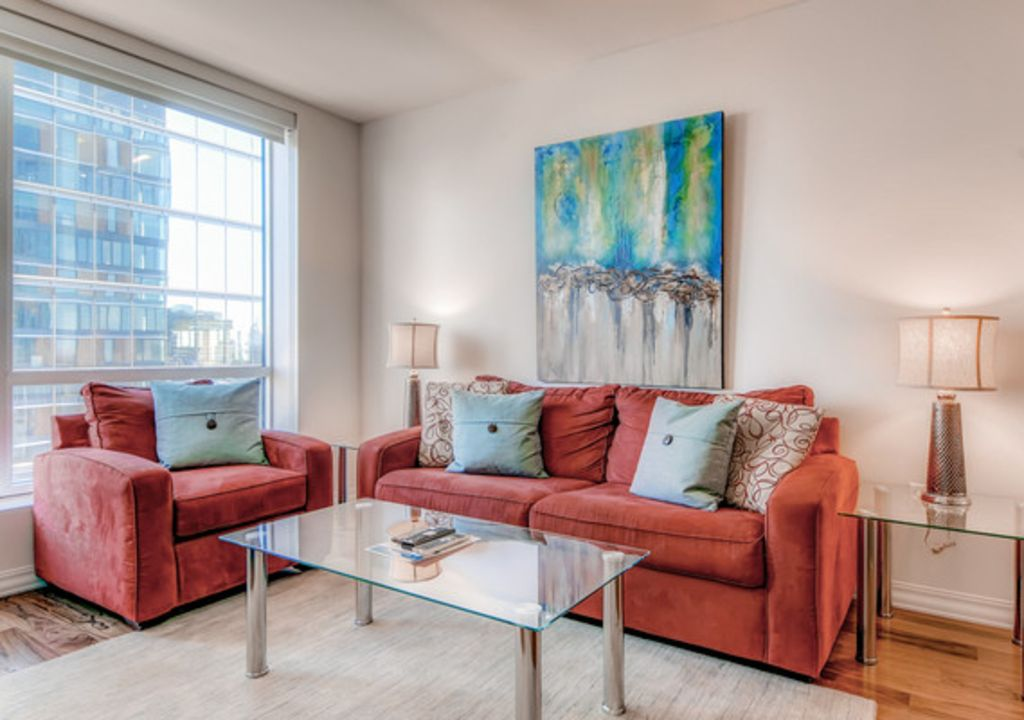 LUX 1 BR in Seaport Sq.+24 Hr. Concierge