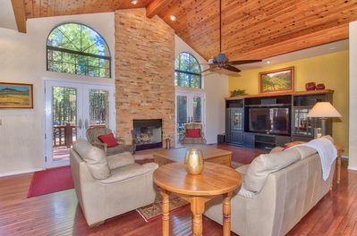 Family room - surround sound, large TV, view of Mt Eldon and private golf course