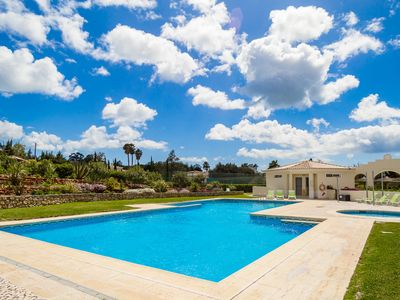 Photo for Quinta do rosal, Casa Rosa - Villa for 4 people in Carvoeiro