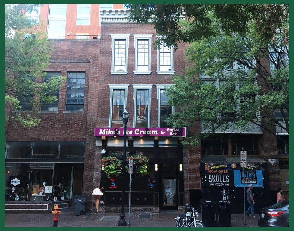2nd Ave N Downtown Nashville Apt, 1 min to Broadway, 2 bedroom: sleeps 9 in beds