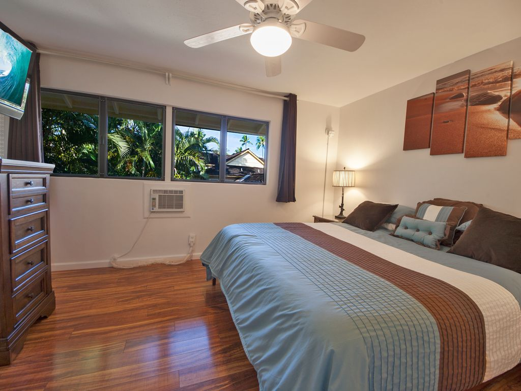 New listing 4 bedroom townhome in oceanfront gated for A bedroom community
