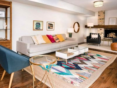 Photo for Spacious Renovated Mid Century in Upper Eastside