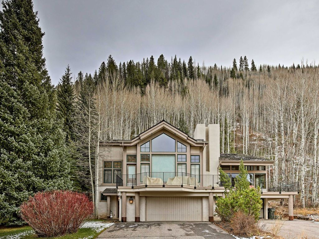 New 4br mtn home on fairway mins to vail vrbo for Fairway house