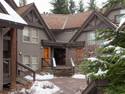 Photo for Painted Cliff 11  Renovated 3 Bed, Ski-in-ski-out property, shared hot tub