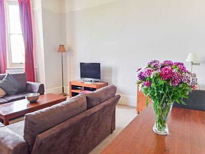 Photo for Apartment Sandlewood in Eastbourne - 2 persons, 1 bedrooms