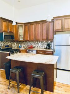 Photo for Beautiful 4Bedroom Apartment Fully Furnished Close to Express Subway