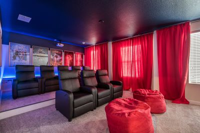 Movie Theater (Wi-fi Blu Ray)  - 8 reclining seats + 2 Bean Bag Chair