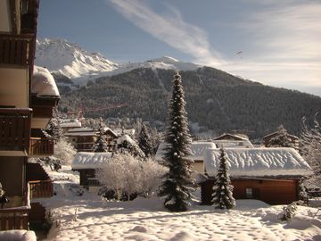 Verbier central, Wi-Fi, by Sport center for Pool, Jacuzzi, Sauna - no car needed