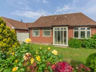 Photo for Comfortable bungalow with sunny conservatory is a fantastic bolthole for couples