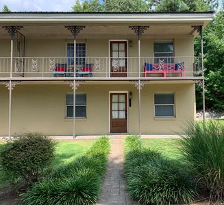 Photo for GAME DAY READY 3 Bed 3 Bath condo close to campus!