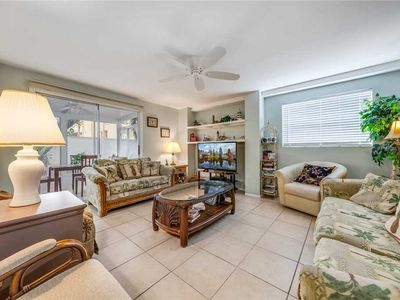 Photo for Seahorse 3,  3 Bedrooms, Sleeps 8, Pet Friendly, Heated Pool