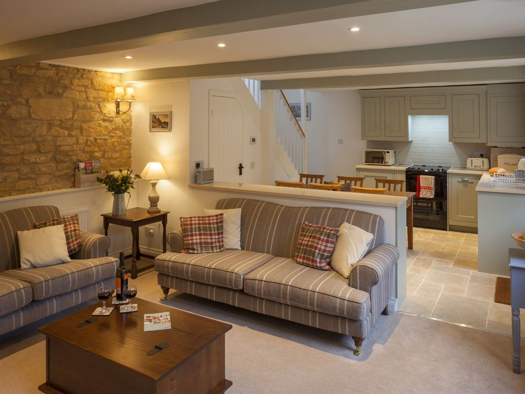 Hook Cottage - Beautiful 4 bedroom Cotswold... - HomeAway Chipping ...