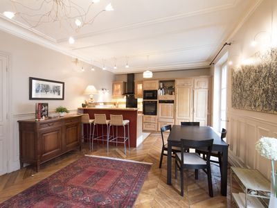 Photo for Comfortable near Montmartre - Two Bedroom Apartment, Sleeps 2 (Veeve)
