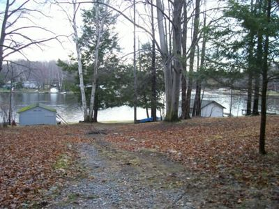 Path leads to Upper Hamlin Lake access