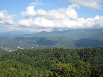 Smoky Mountain Village, Gatlinburg, TN, USA