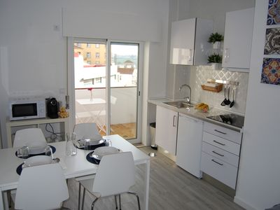 Cozy and sunny apartment, refurbished in October 2017.