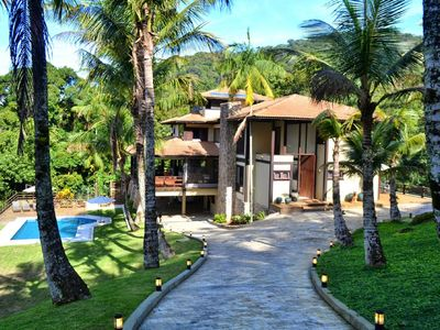 Photo for PERFECT! Comfort, security and recreation in the middle of the Atlantic Forest (5 min from the beach)