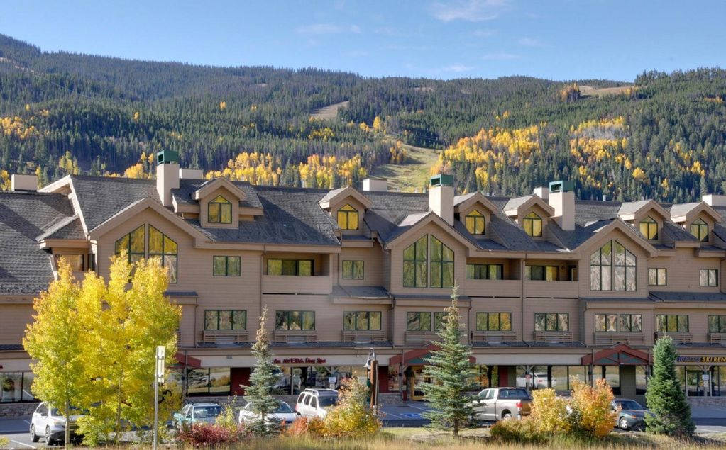194eb76624e108 4BR+Loft BR/4 Bath condo (10 beds) in the Keystone Ski Area near River Run