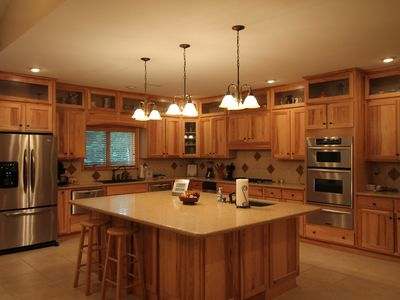Photo for Beautiful one level mountain home, Private, hiking, close to national forest.