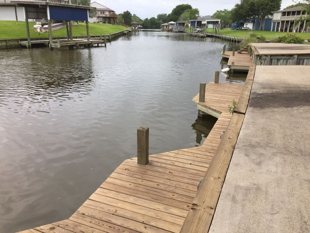 Boat house on Chocolate Bayou, Liverpool, TX | RentByOwner.com ...