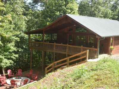Photo for Lovely Luxury Cabin Close to Downtown Blue Ridge, Private and Serene