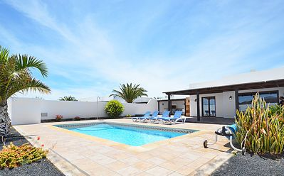 Photo for Casa Romantica: Luxury villa with heated pool and jacuzzi - Sleeps 4 - FREE WiFi