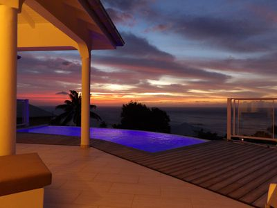 Photo for Villa with private terrace and pool, exceptional panoramic sea view