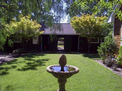 Photo for Romantic Sonoma Cottage On 1 Acre In Wine Country