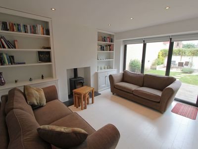 Photo for 2-Bed Family Home with Sunny Garden - Hopewell