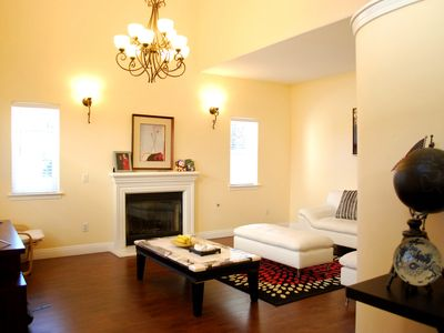 Photo for Spacious 3BR townhouse, close to Disney & DTLA!