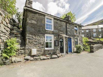 Photo for 1 WATERLOO COTTAGE, pet friendly in Blaenau Ffestiniog, Ref 1009702