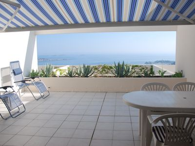 Photo for Residence holiday sea view impregnable .Pool PROMOTION