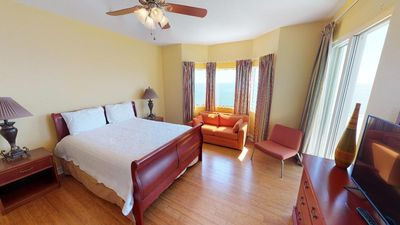 Photo for 3 bed 3 bath condo with master access to balcony tons of amenities