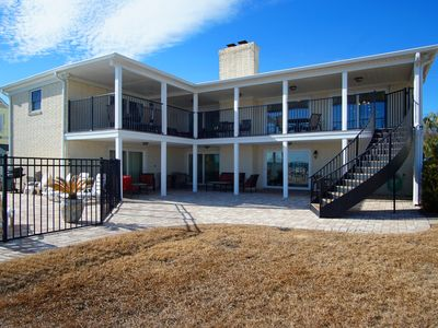Photo for Beautiful 7 bedroom oceanfront home with a private pool