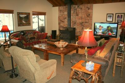 Living Room - HDTV and a Wood Burning Fireplace
