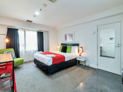 Photo for Chic Auckland Central Apt | Aircon + Pool + Gym