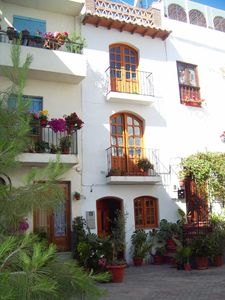 Photo for charming house in historic spa town picturesque plaza/poolsWIFIAlpujarras Grana