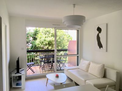 Photo for Cabourg: Nice apartment 5 people renovated sea-level with terrace + WIFI